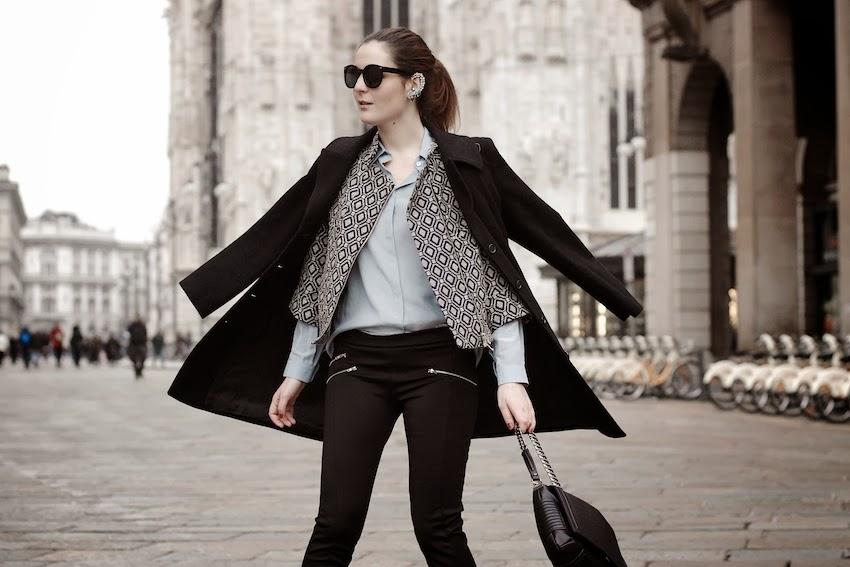pantalone nero con zip argento , cappotto dolce gabbana, giacca ego sonia nisco, irene buffa fashion blogger